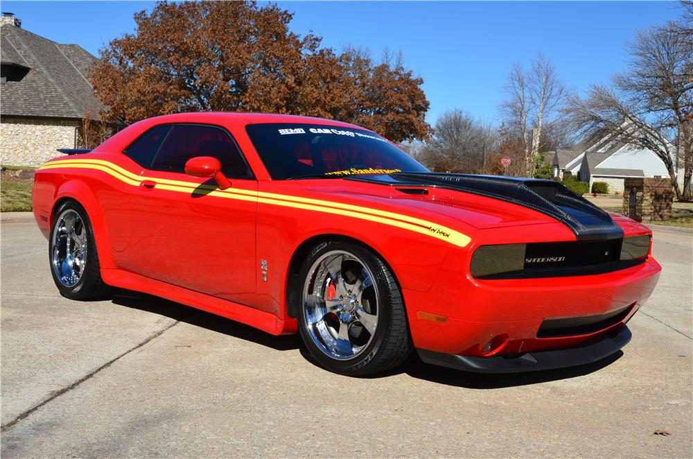 2008 DODGE CHALLENGER CUSTOM 2 DOOR COUPE - Front 3/4 - 151734