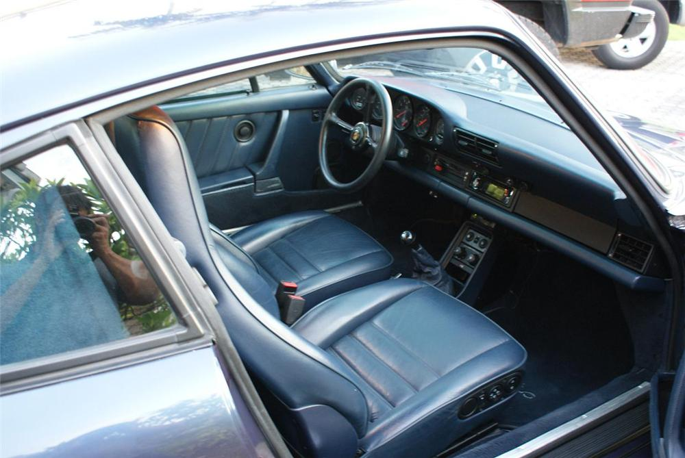 1986 PORSCHE 930 2 DOOR COUPE - Interior - 151933