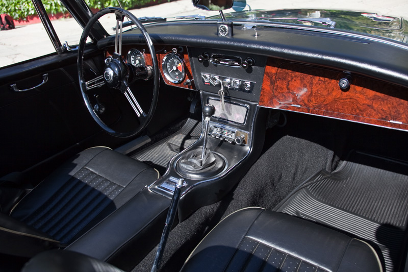 1967 AUSTIN-HEALEY 3000 MARK III BJ8 CONVERTIBLE - Interior - 151993
