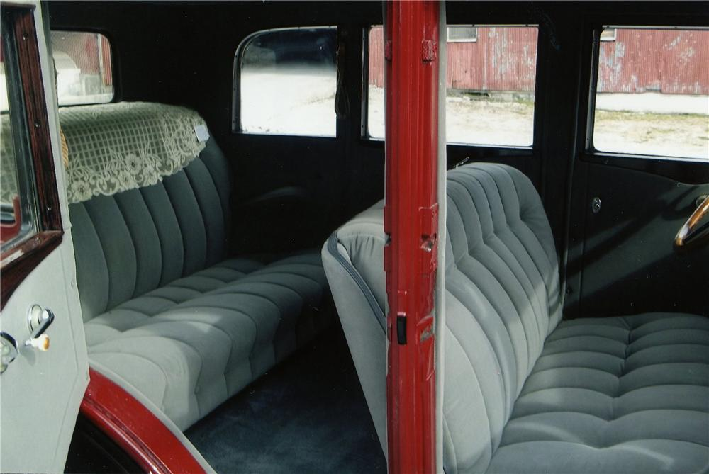 1930 CHEVROLET 4 DOOR SEDAN - Interior - 152005