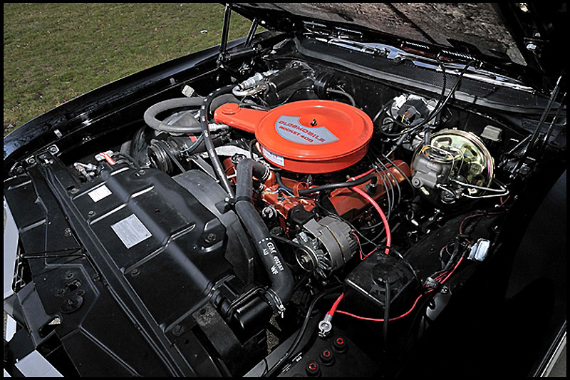 1969 OLDSMOBILE 442 CONVERTIBLE - Engine - 152021