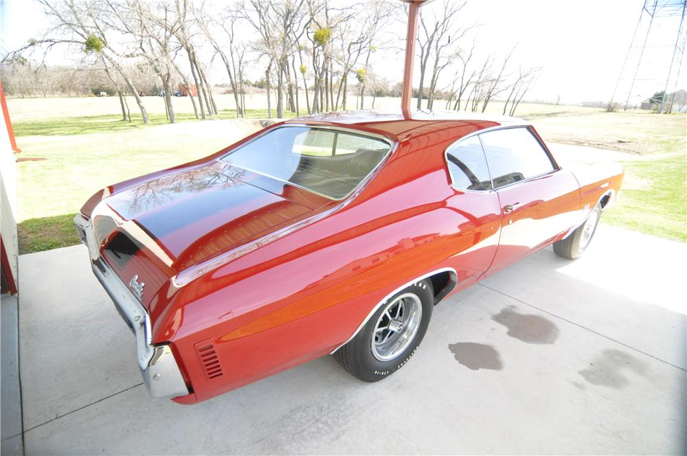 1970 CHEVROLET CHEVELLE SS 396 2 DOOR COUPE - Rear 3/4 - 152035