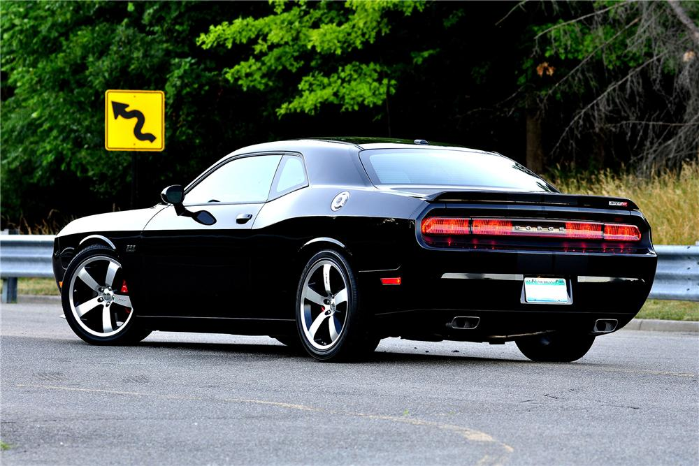 2011 dodge challenger srt8 392 2 door hardtop 152036. Black Bedroom Furniture Sets. Home Design Ideas