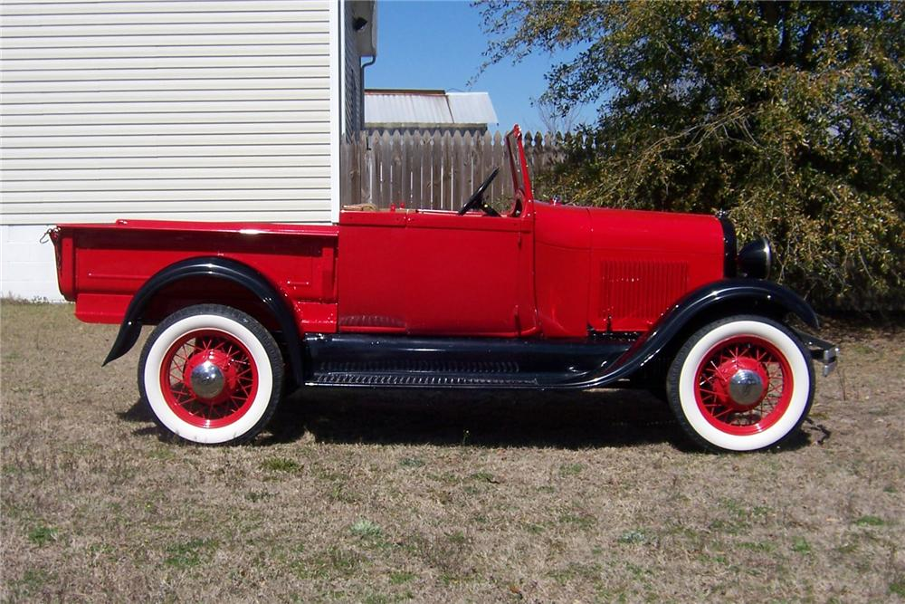 1928 FORD MODEL A ROADSTER PICKUP - Side Profile - 152042
