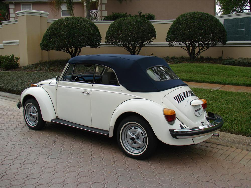 1978 VOLKSWAGEN BEETLE CONVERTIBLE - Rear 3/4 - 152045