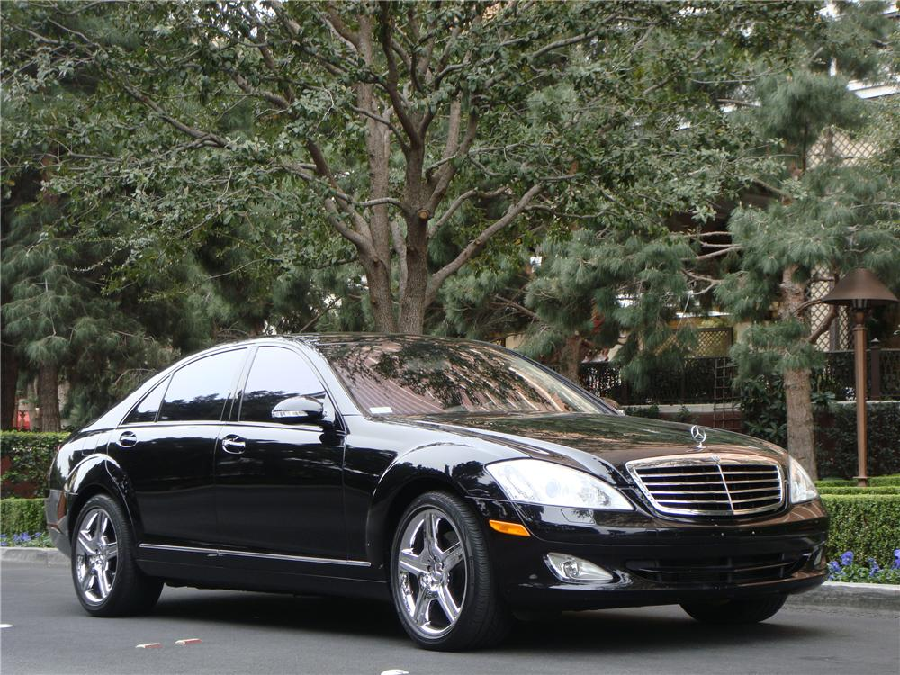 2007 MERCEDES-BENZ S550 4 DOOR SEDAN - Front 3/4 - 152050