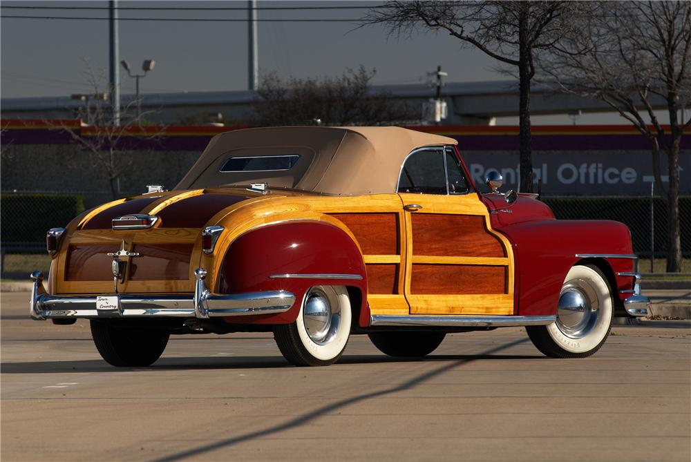 1946 CHRYSLER TOWN & COUNTRY ROADSTER - Rear 3/4 - 152063