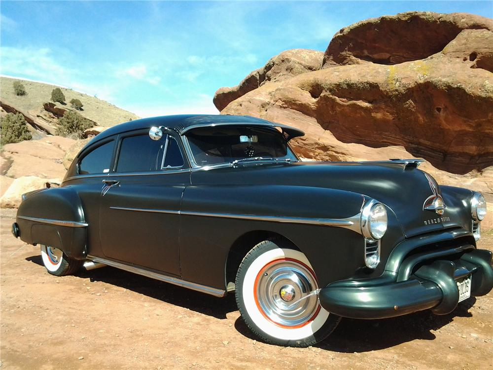 1950 OLDSMOBILE 88 CUSTOM 2 DOOR COUPE - Front 3/4 - 152079
