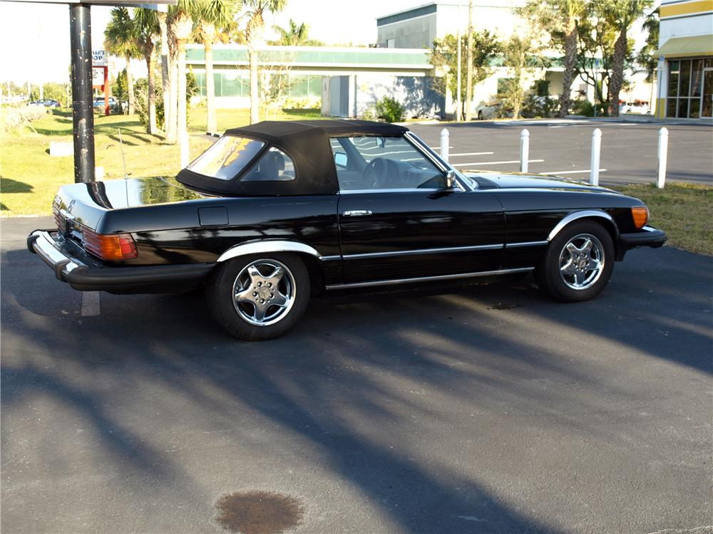 1983 MERCEDES-BENZ 380SL CONVERTIBLE - Side Profile - 152087