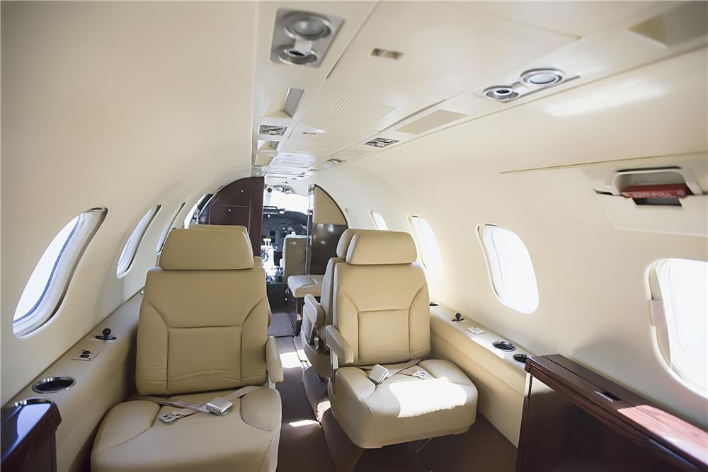 1975 LEARJET 35 FIXED-WING JET - Interior - 152088