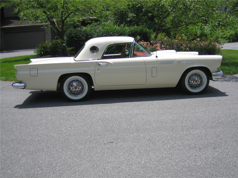 1957 FORD THUNDERBIRD CONVERTIBLE - Side Profile - 152096