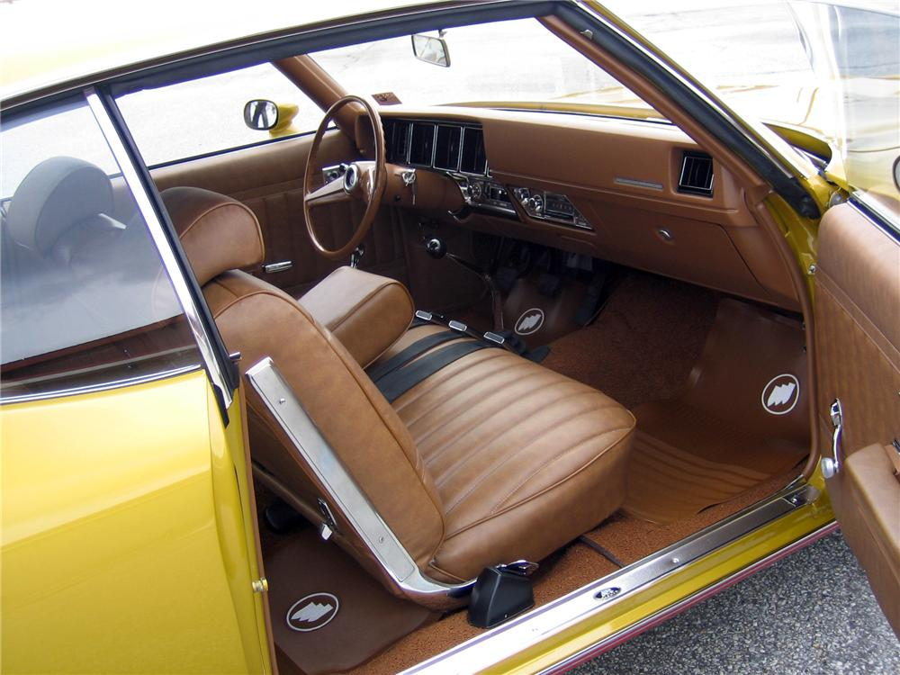 1971 BUICK GS STAGE 1 2 DOOR COUPE - Interior - 152097
