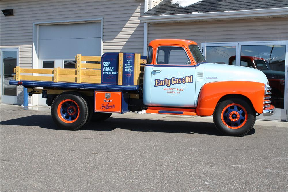 1948 CHEVROLET 1 TON STAKE BED TRUCK - Side Profile - 152103