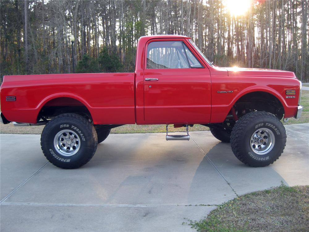 1970 CHEVROLET K10 CUSTOM 4X4 PICKUP - Front 3/4 - 152113