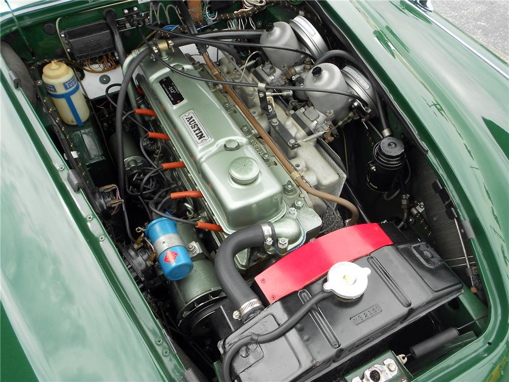 1967 AUSTIN-HEALEY BJ8 CONVERTIBLE - Engine - 152161