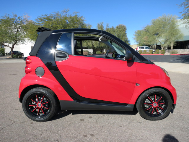 2010 SMART CAR FORTWO PASSION CONVERTIBLE - Side Profile - 152165