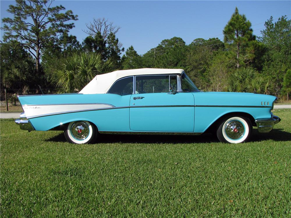 1957 CHEVROLET BEL AIR CONVERTIBLE - Side Profile - 152497