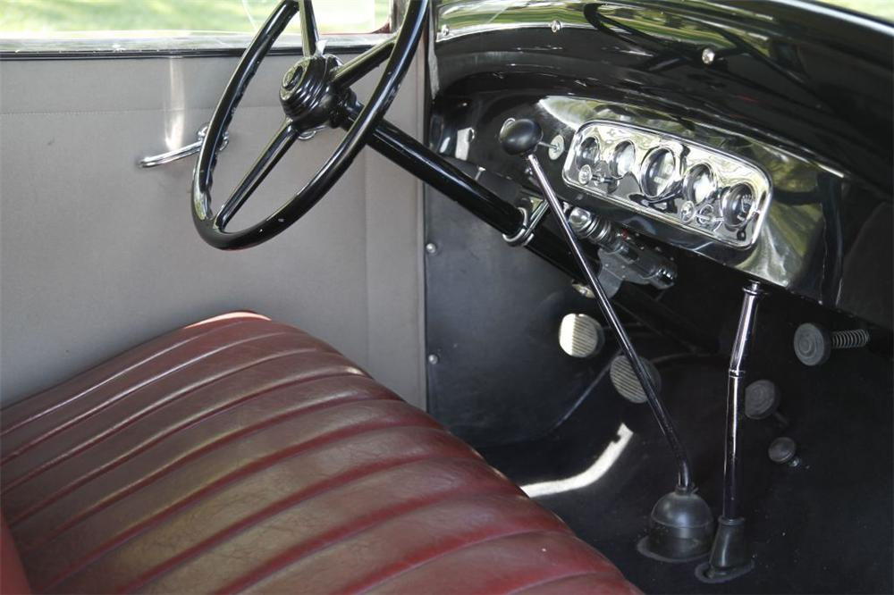 1932 PLYMOUTH 2 DOOR COUPE - Interior - 152736
