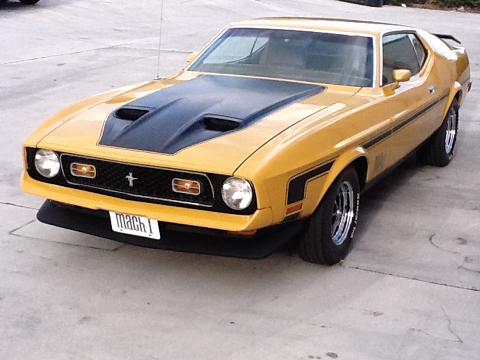 1972 FORD MUSTANG MACH 1 FASTBACK - Front 3/4 - 153537