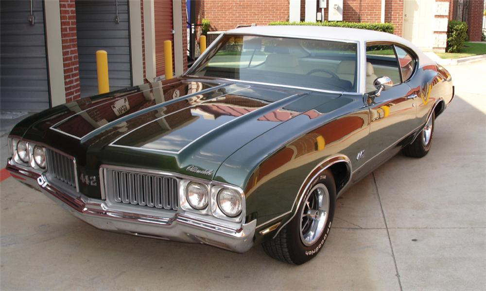 1970 OLDSMOBILE 442 COUPE - Front 3/4 - 15388