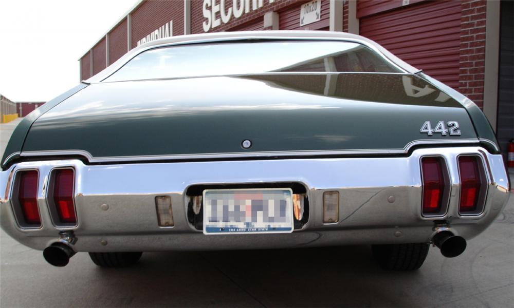 1970 OLDSMOBILE 442 COUPE - Rear 3/4 - 15388