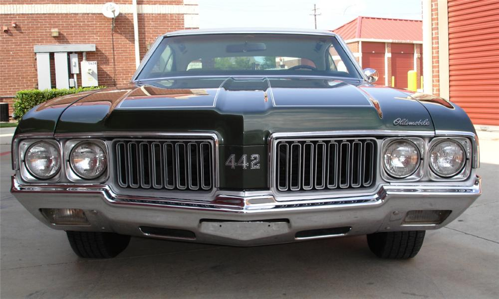 1970 OLDSMOBILE 442 COUPE - Side Profile - 15388