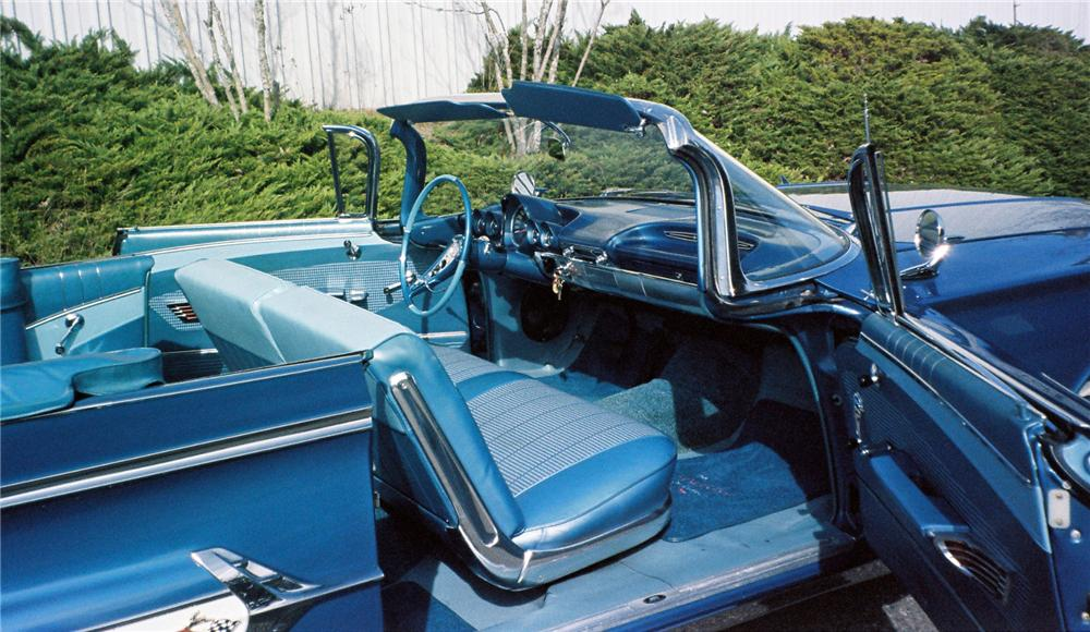 1960 CHEVROLET IMPALA CONVERTIBLE - Interior - 154015