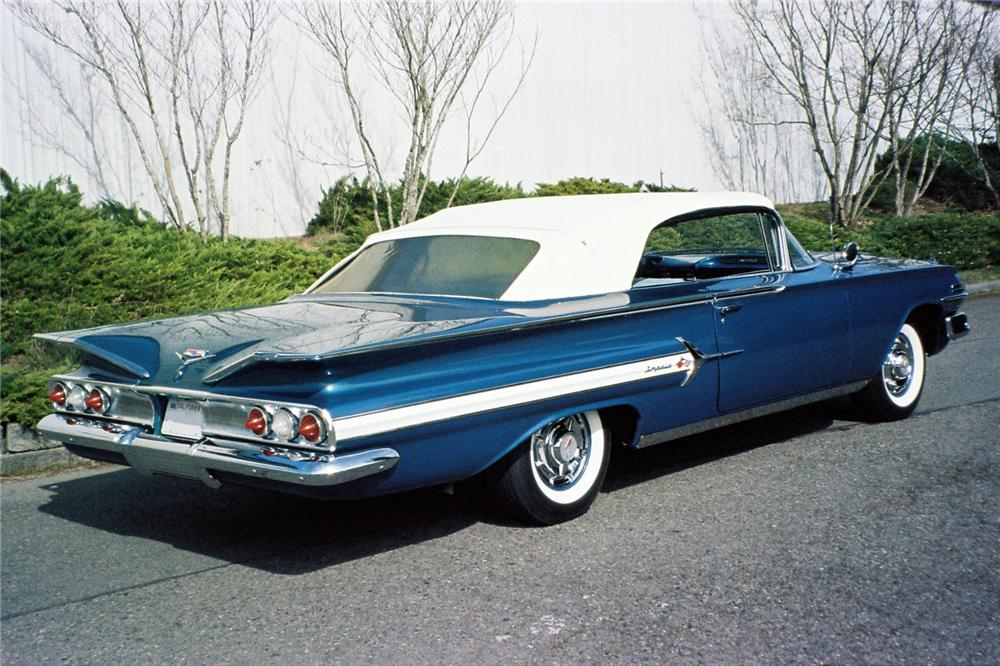 1960 CHEVROLET IMPALA CONVERTIBLE - Rear 3/4 - 154015
