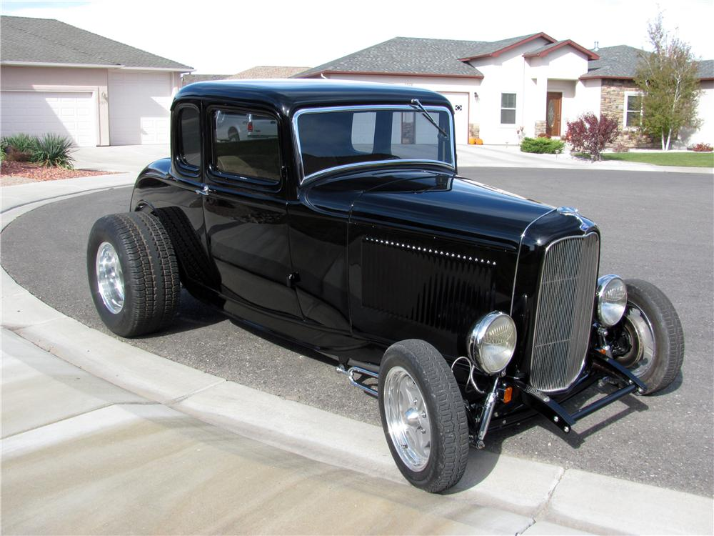 1932 ford 5 window custom 2 door coupe 154028 for 1932 3 window ford