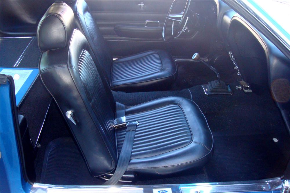 1969 FORD MUSTANG GT 428 SCJ FASTBACK - Interior - 154055