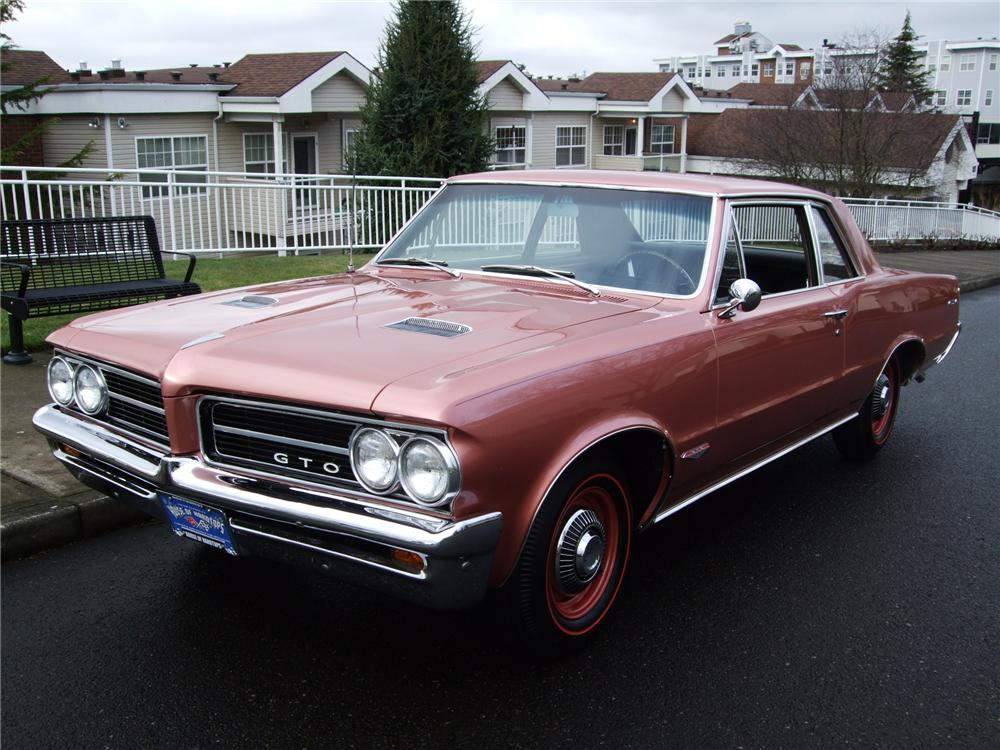 1964 PONTIAC GTO 2 DOOR SEDAN - Front 3/4 - 154064