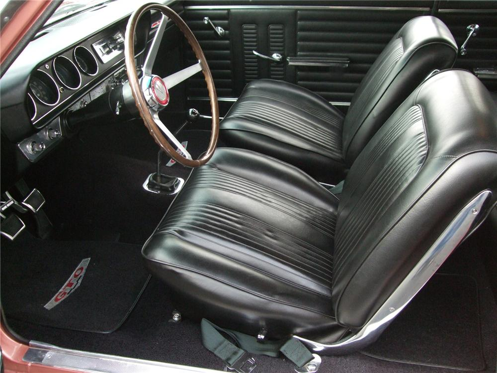 1964 PONTIAC GTO 2 DOOR SEDAN - Interior - 154064