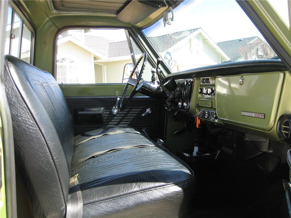 1969 CHEVROLET C-10 PICKUP - Interior - 154072