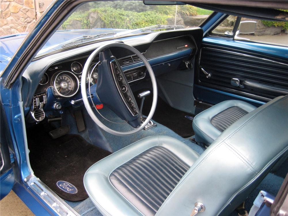 1968 FORD MUSTANG COUPE - Interior - 154084
