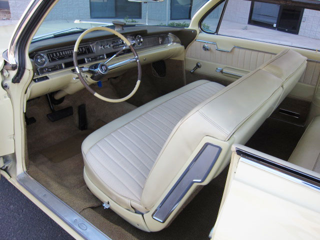 1962 CADILLAC SERIES 62 2 DOOR HARDTOP - Interior - 154103