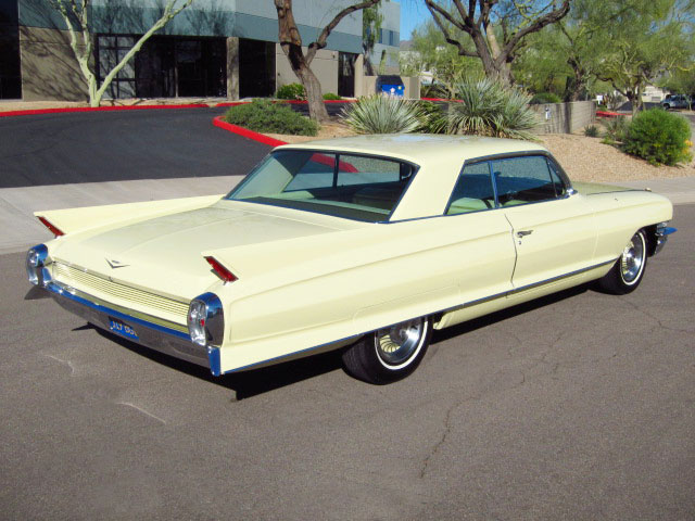 1962 CADILLAC SERIES 62 2 DOOR HARDTOP - Rear 3/4 - 154103
