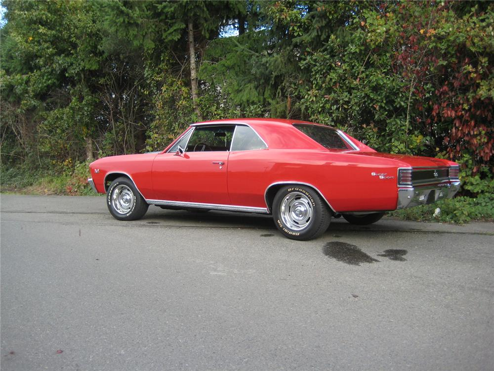 1967 CHEVROLET CHEVELLE 2 DOOR COUPE - Rear 3/4 - 154116