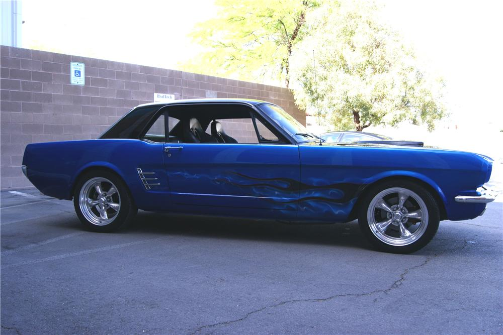 1966 FORD MUSTANG CUSTOM 2 DOOR COUPE - Side Profile - 154149