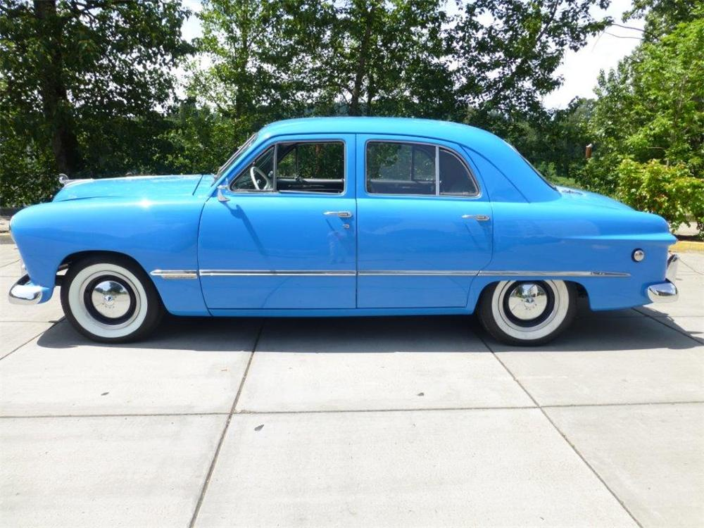 1949 ford custom 4 door sedan 154155