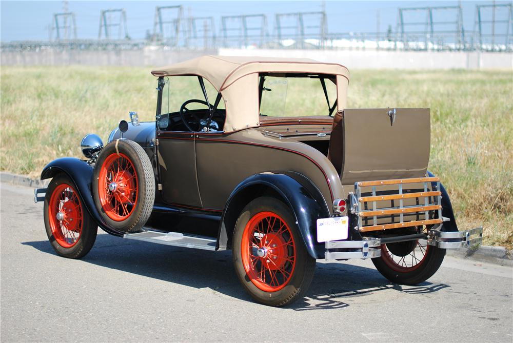 1928 FORD MODEL A ROADSTER - Rear 3/4 - 154195