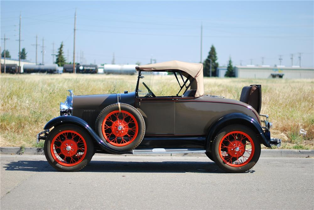 1928 FORD MODEL A ROADSTER - Side Profile - 154195