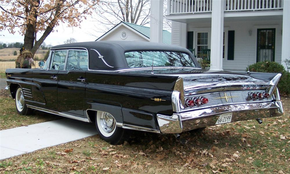 "1960 LINCOLN ""ELVIS PRESLEYS"" LIMO - Rear 3/4 - 15424"