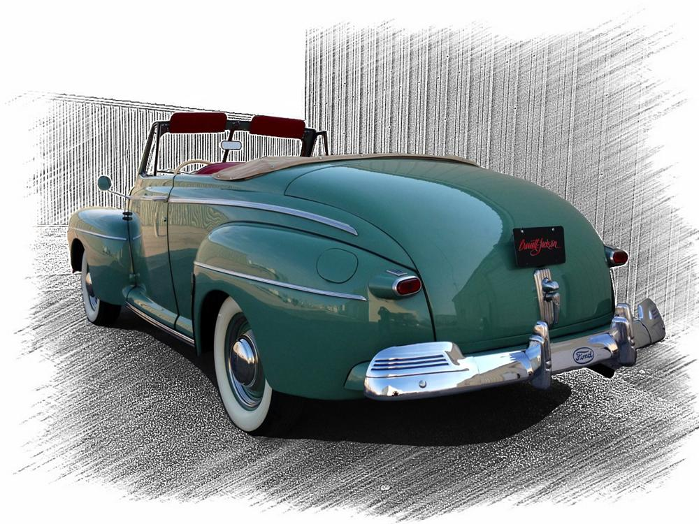 1942 FORD SUPER DELUXE CONVERTIBLE - Rear 3/4 - 154245