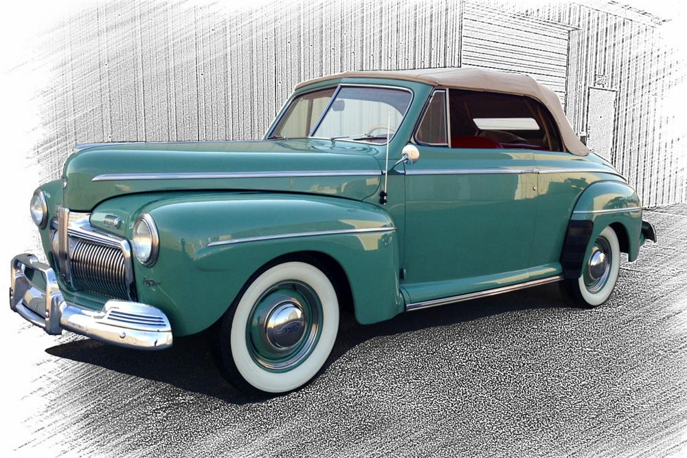 1942 Ford Super Deluxe Convertible 154245