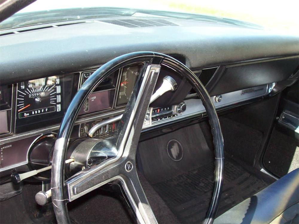 1968 BUICK RIVIERA GS 2 DOOR HARDTOP - Interior - 154269