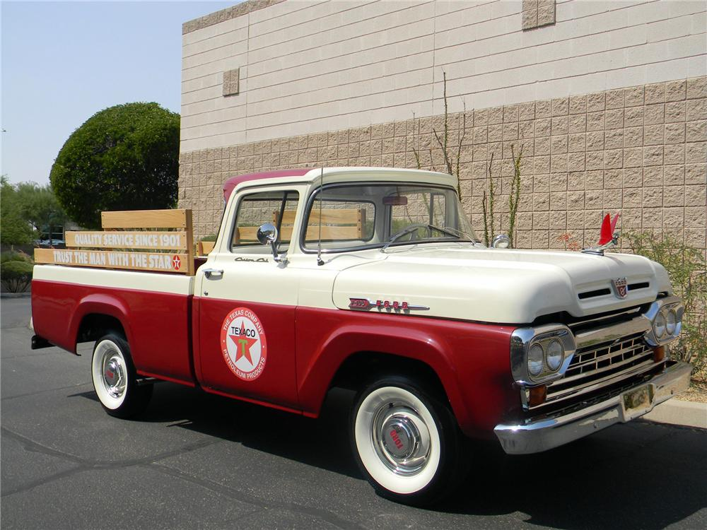 1960 FORD F-100 PICKUP - Front 3/4 - 154271