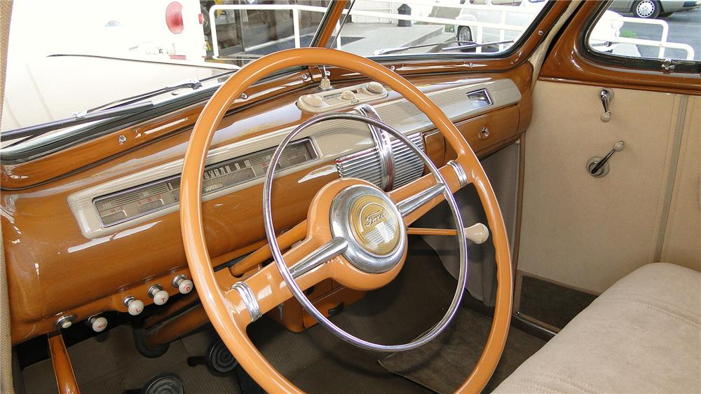 1941 FORD SUPER DELUXE BUSINESS COUPE - Interior - 154313