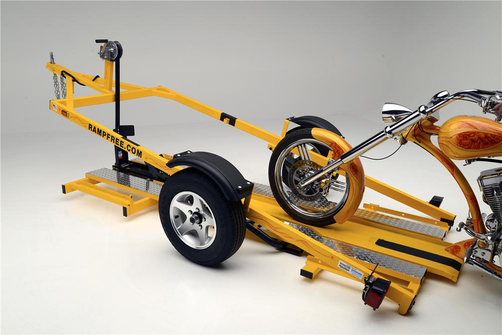 2013 RAMPFREE MOTORCYCLE TRAILER - Rear 3/4 - 154328