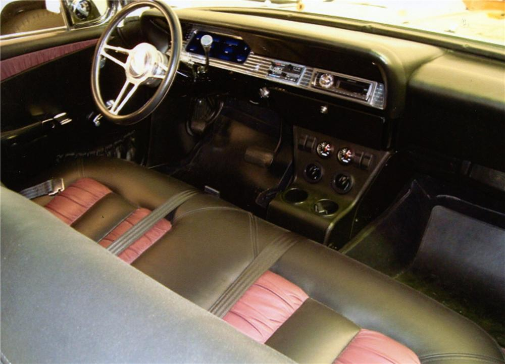 1961 CHEVROLET IMPALA CUSTOM 2 DOOR BUBBLE TOP - Interior - 154333