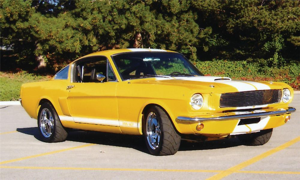 1965 FORD MUSTANG CUSTOM FASTBACK - Front 3/4 - 15442